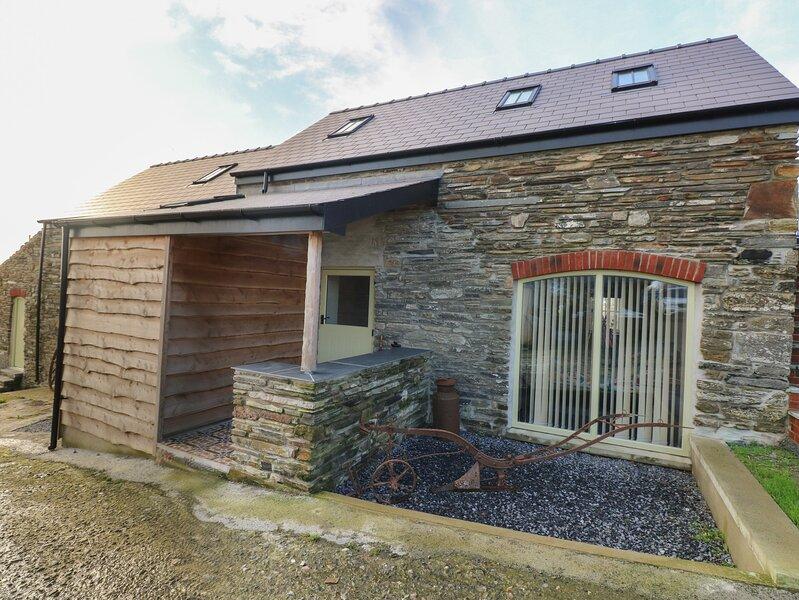The Cart Barn * Cadwgan, Llanboidy, vacation rental in Llangynin
