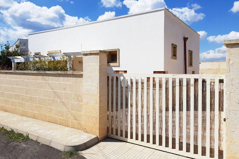 Villa del Mirto | monolocale 103, casa vacanza a Padula Fede