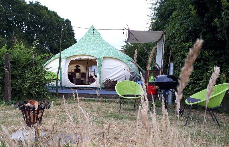 Belle Tent at Oakwood Glamping, holiday rental in Woodmancote