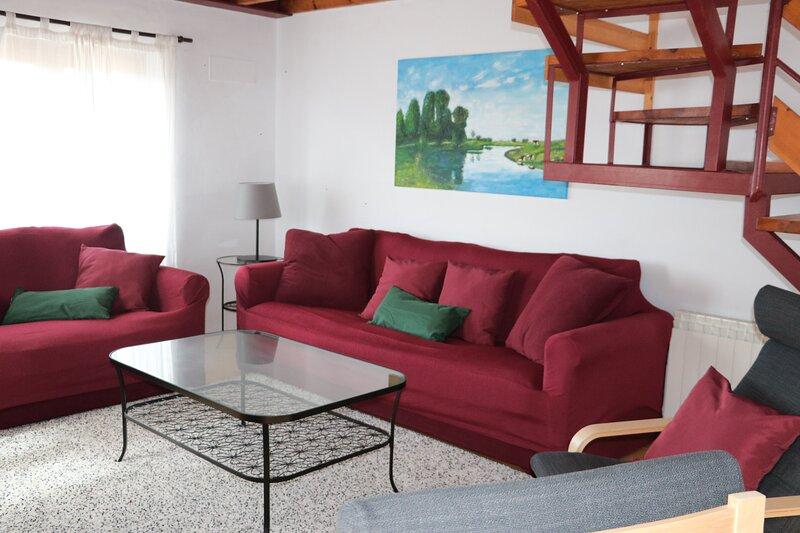 Andolina, casa a 900 m de la playa de Poo, holiday rental in Porrua