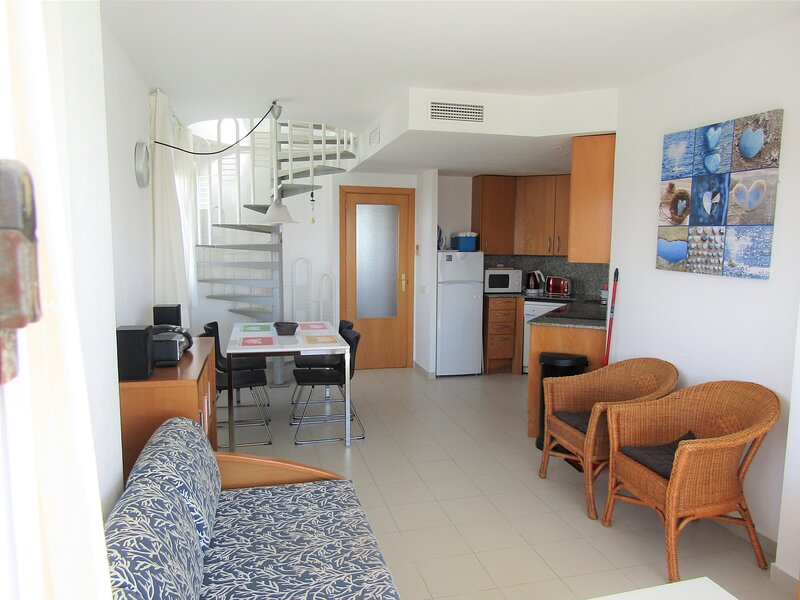 2 Bedroom Luxury Apartment, location de vacances à Sant Josep de Sa Talaia