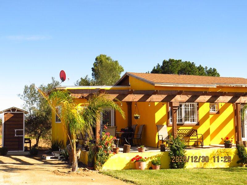 ESTANCIA CAMPESTRE MONROY EN EL CORAZON DE EL VALLE DE GUADALUPE ENSENADA BAJA C, holiday rental in Valle de Guadalupe