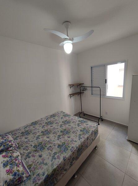 Apartamento com ótima localização em Ubatuba-SP, holiday rental in Praia do Itamambuca