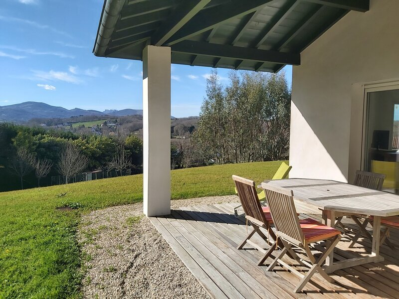 Xori Alde -  pour des vacances reposantes proche du centre ville, casa vacanza a Ascain