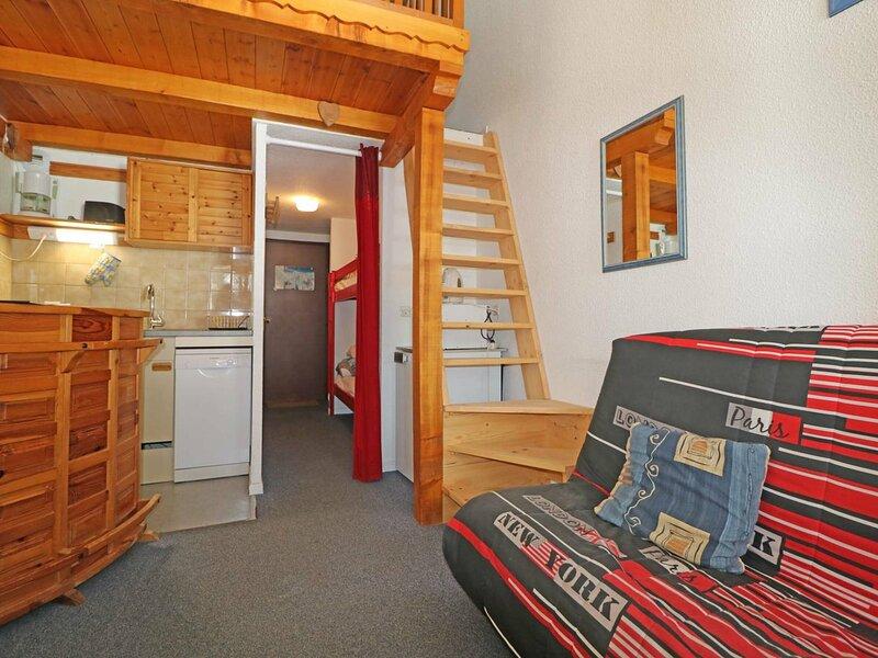 Studio mezzanine à 50m des pistes, holiday rental in La Rosiere