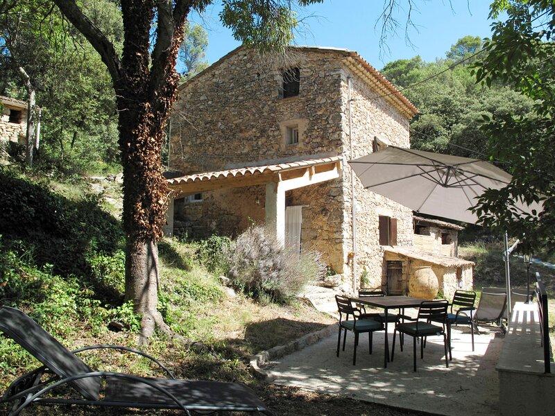 La Micocoule, holiday rental in Entrecasteaux