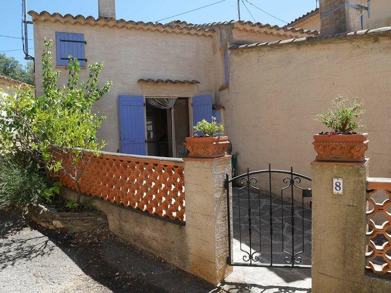 Location T2, climatisé, à Cabasson au Hameau, Bormes les Mimosas., location de vacances à Cap Benat
