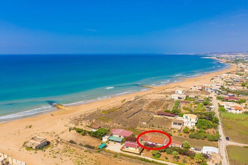 Villino Dune Due: Walk to Beach, WiFi, aluguéis de temporada em Cava d'Aliga