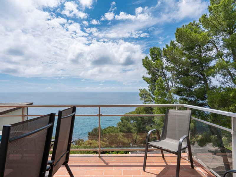 Orizzonte (AND115), vacation rental in Marina di Andora