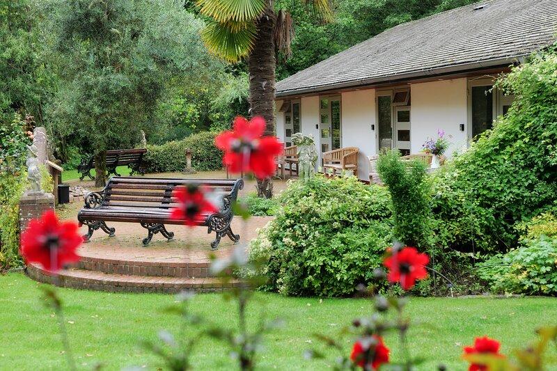 Pinetum Garden Cottages - Moongate 2, location de vacances à Trethurgy