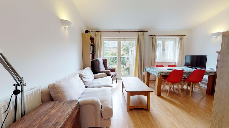 Central Oxford 2 BR Apartment, vacation rental in Oxford