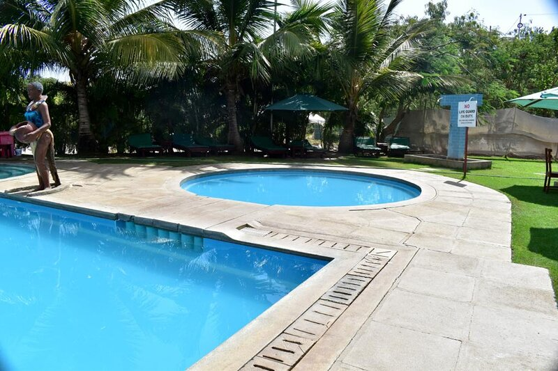 Awesome 1 bedroom in Sunset Paradise Holiday Homes, location de vacances à Vipingo