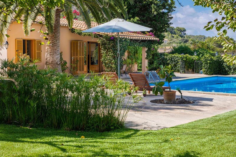 Jaime, nice county house for 2 persons, holiday rental in S'Alqueria Blanca