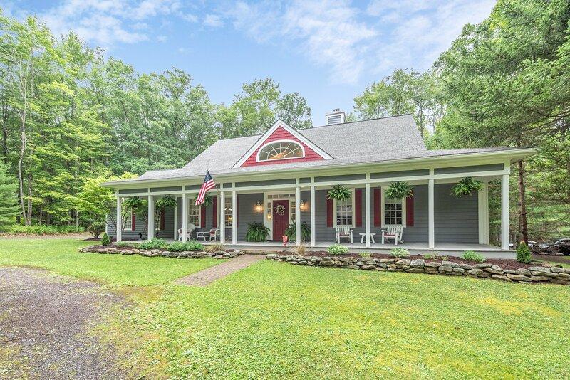 Home Sweet Home, vacation rental in Deer Park