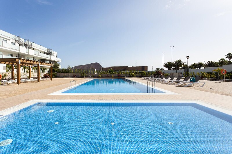 Playa Tejita I NomaHolidays by Bossh! Apartment, vacation rental in Atogo