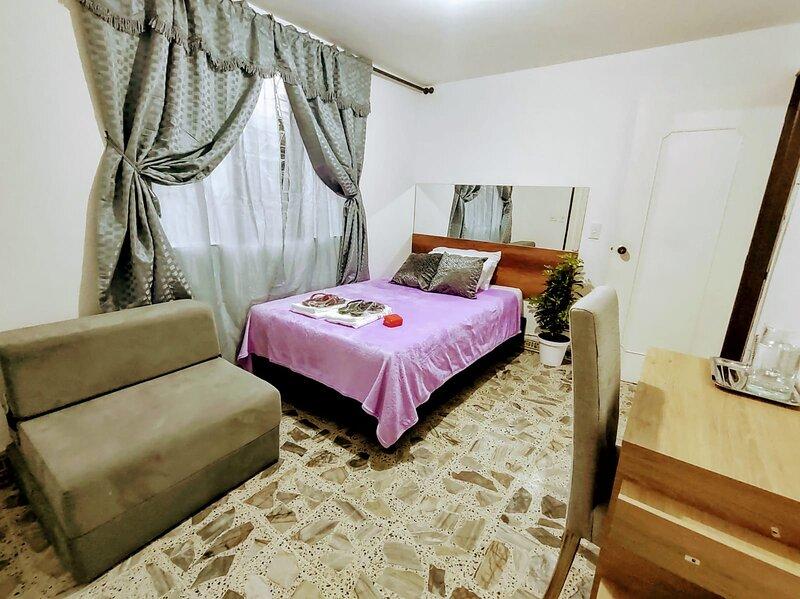 Habitación centro comercial Molinos, Muy limpia y tranquila, vacation rental in San Antonio de Pereira