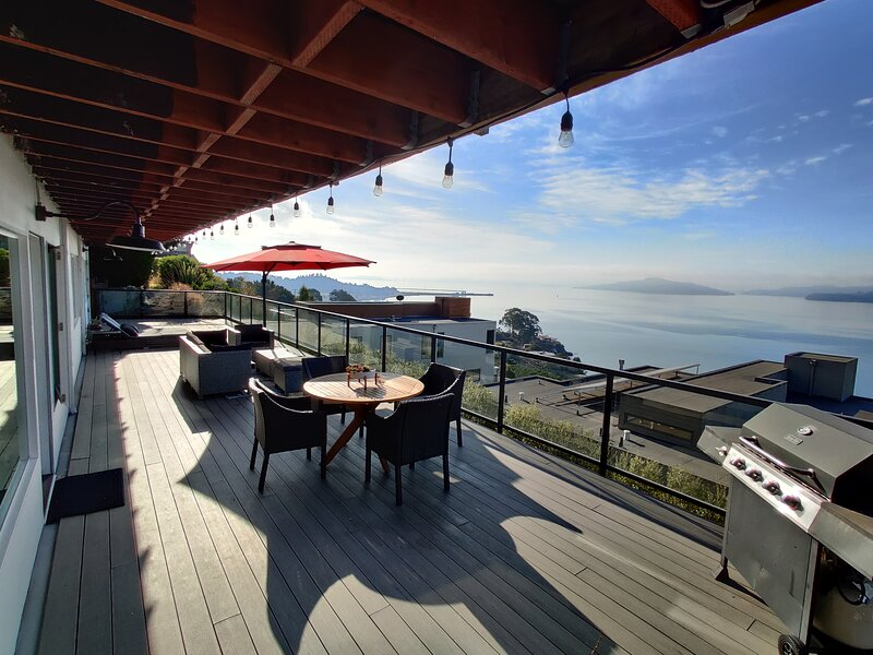 No Worries: New with a View !!!, alquiler vacacional en Point Richmond
