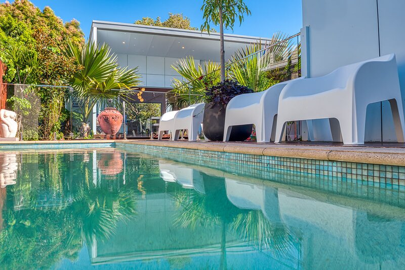 Pavilion Palms - Suffolk Park, holiday rental in Hayters Hill
