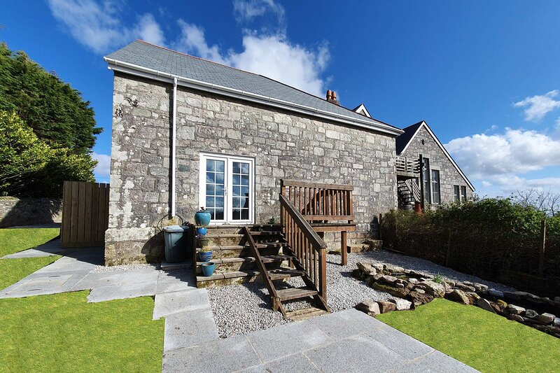 The Old School Rooms, holiday rental in High Street