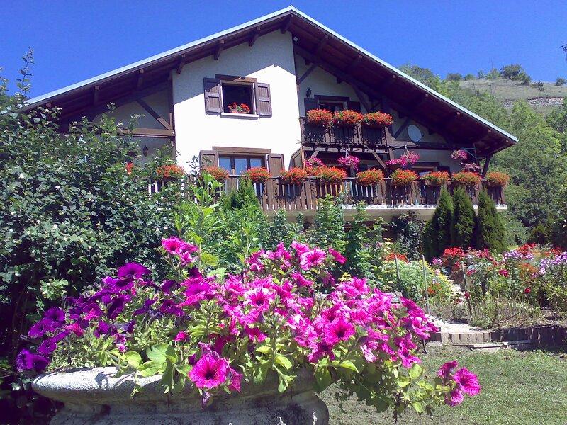 Domaine de l'Alpe d'Huez - Auris-en-Oisans, Clos de la Balme, holiday rental in Auris