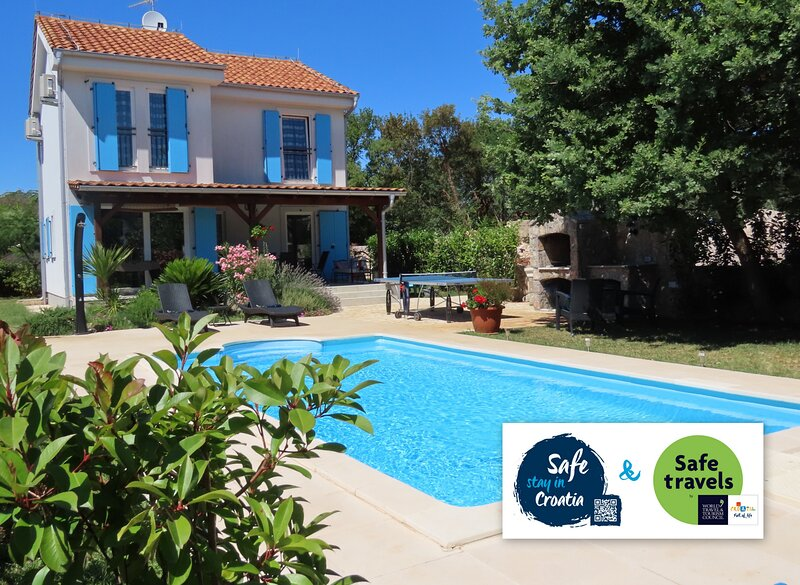 Charming Villa Dory, holiday rental in Ostrobradic