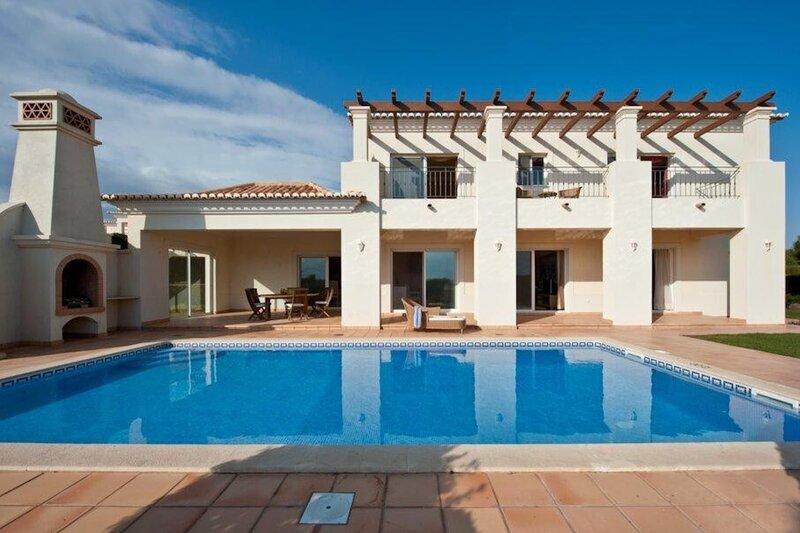 Beach front villa at Quinta do Martinhal, location de vacances à Sagres