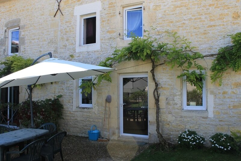 Cassiopeia - Les Constellations, holiday rental in Doeuil sur le Mignon