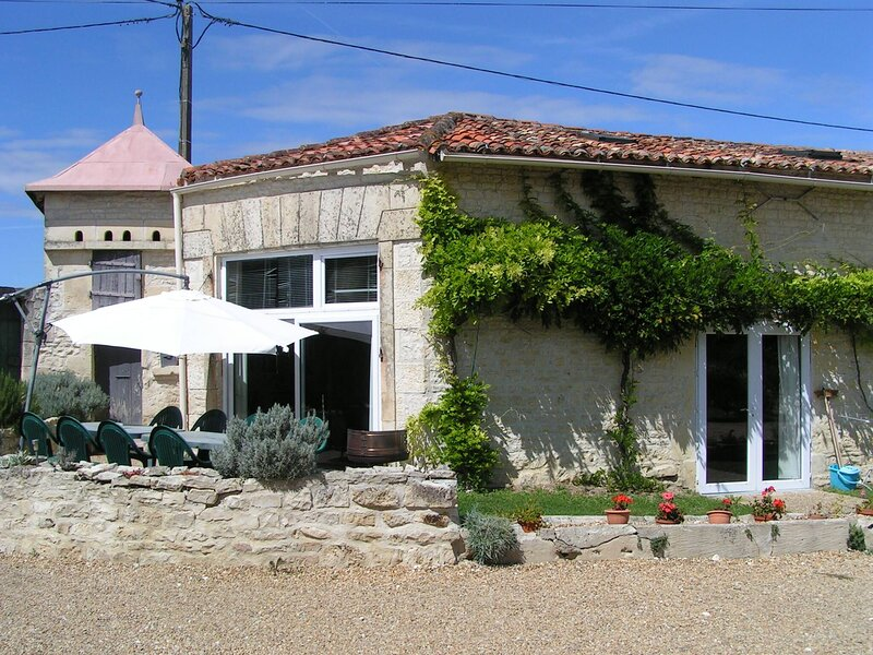 Hercules, Les Constellations, holiday rental in Doeuil sur le Mignon
