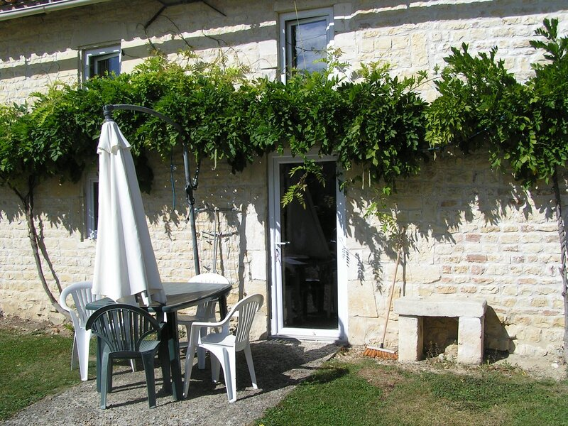Columba - Les Constellations, holiday rental in Doeuil sur le Mignon