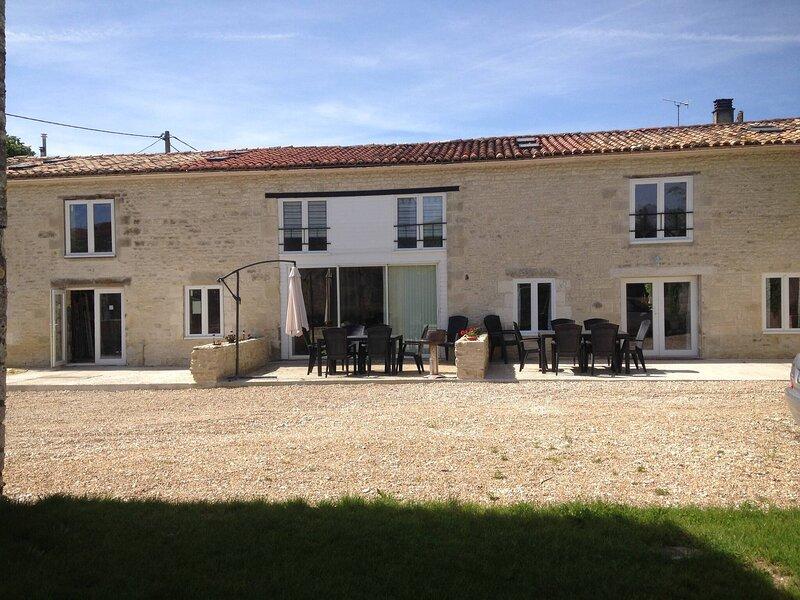 Saggitarius, Les Constellations, holiday rental in Doeuil sur le Mignon