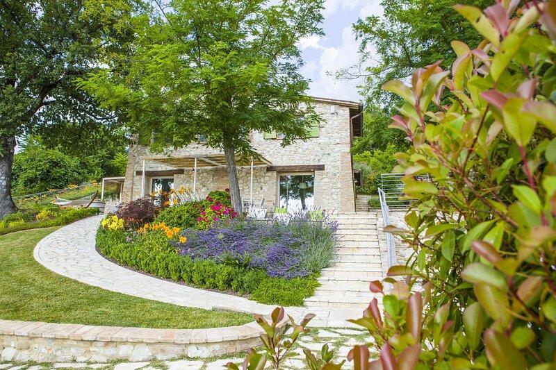 Cottage Verde Collina, aluguéis de temporada em Cantiano