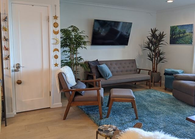 Condo By The Bay! Treehouse Feel 2BR in Sausalito, vacation rental in Sausalito