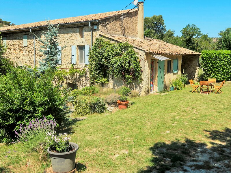 Chaud'abri (NYS170), holiday rental in Rousset-les-Vignes