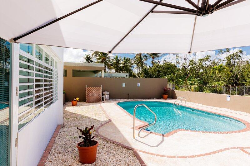 Island Breeze Retreat, aluguéis de temporada em Isla Verde