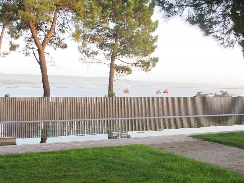 Charming Apartament at playa Isla de Arosa, vacation rental in Vilanova de Arousa