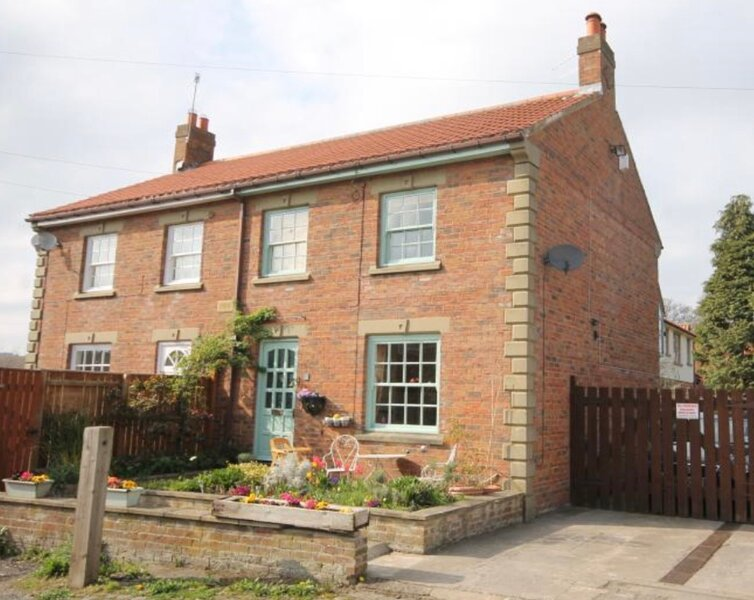 Priory Cottage. Beautiful holiday home in Guisborough, North Yorkshire., Ferienwohnung in Great Ayton