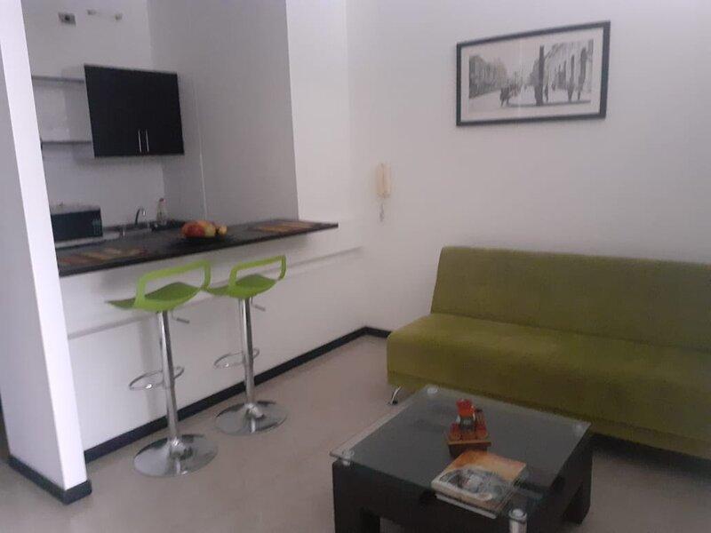 ALQUILO APARTAMENTO AMOBLADO CIUDAD JARDIN CALI, holiday rental in Darien
