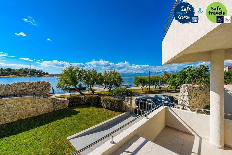 Beautiful Villa A&M, in Nin, Dalmatia, holiday rental in Nin
