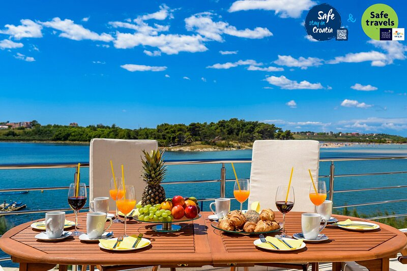 Beautiful Villa A&M 2, in Nin, Dalmatia, holiday rental in Nin