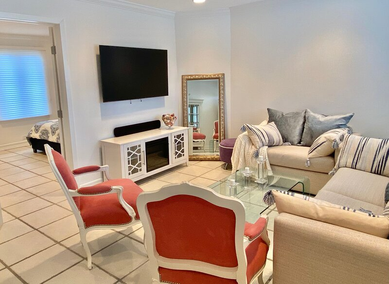 Oceanfront 1-bedroom at Westhampton Beach, holiday rental in Westhampton