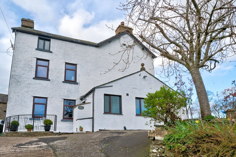 High Gregg Hall Farm Cottage - Beautifully refurbished two bedroom cottage situa – semesterbostad i Kendal