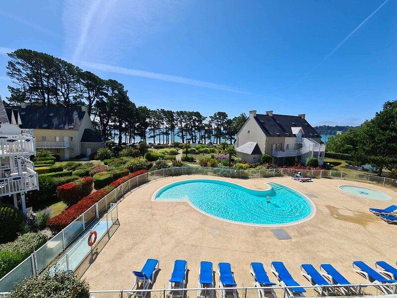 Joli duplex les pieds dans l'eau à Cap Coz, casa vacanza a La Foret-Fouesnant