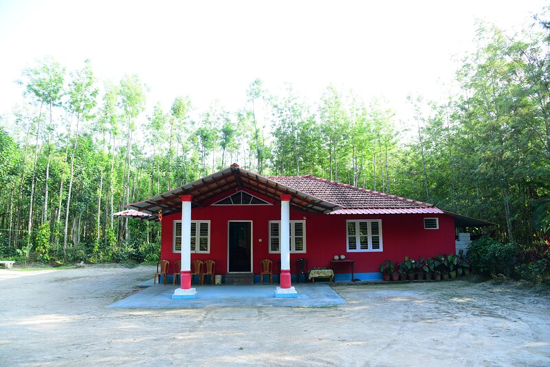 Manjushree Homestay, holiday rental in Hanbal