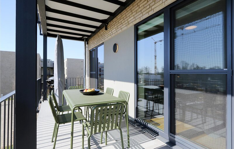 Stunning apartment in Lembruch/Dümmer See with WiFi and 2 Bedrooms (DDS865), holiday rental in Lubbecke