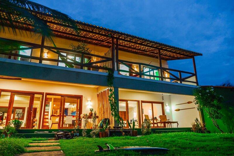 Casa Canoa - Hospedagem com charme, conforto e simplicidade em frente ao mar, vakantiewoning in Camocim