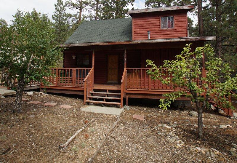 Canyon Cabin, alquiler de vacaciones en Fawnskin