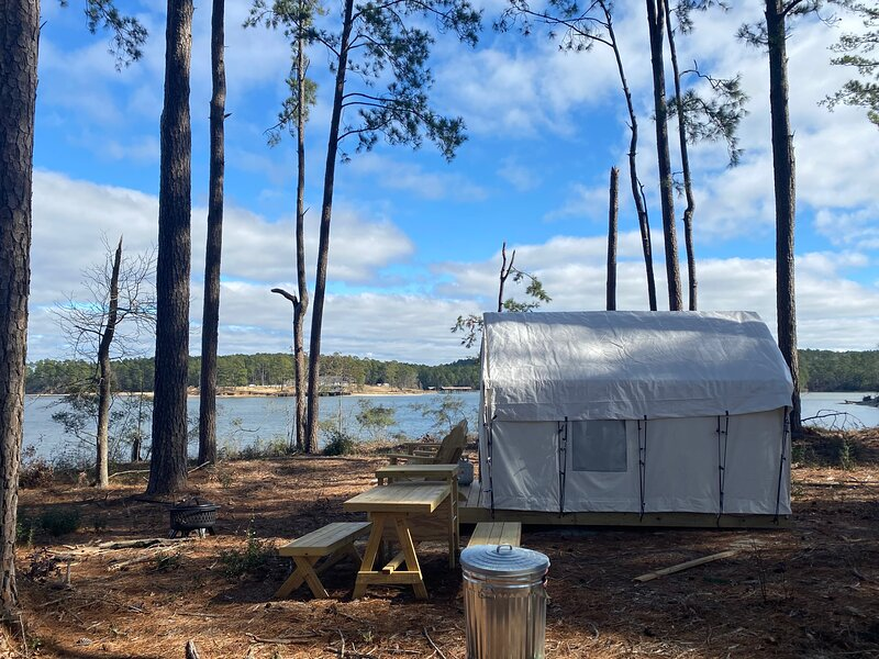 Tentrr State Park Site - South Toledo Bend State Park Site A, vacation rental in Negreet