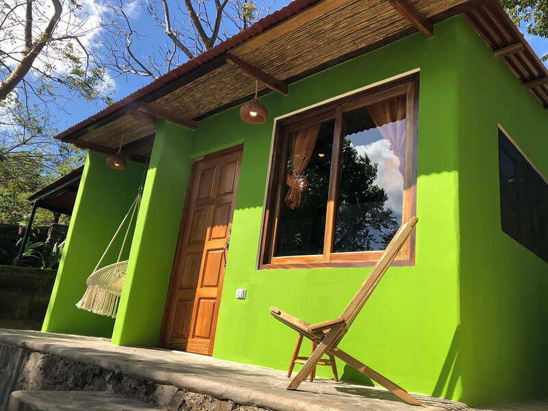 Casita Café Lakefront Love Nest for Couples at Casa Única, Ferienwohnung in Jinotepe