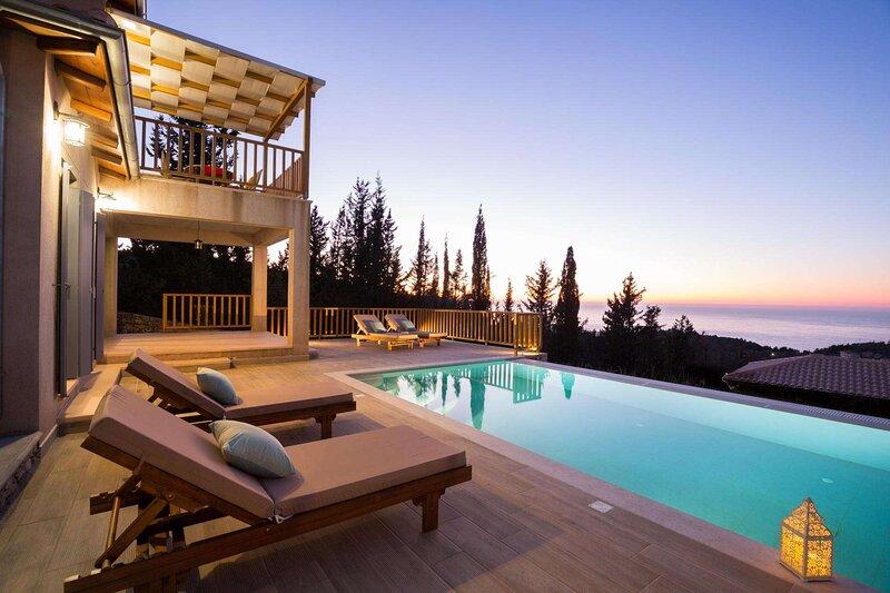 Tsoukalades Villa Sleeps 2 with Pool Air Con and WiFi - 5888325, holiday rental in Tsoukaladhes