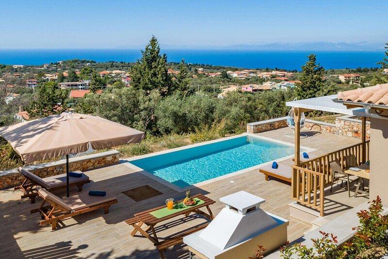 Tsoukalades Villa Sleeps 4 with Pool Air Con and WiFi - 5888323, holiday rental in Tsoukaladhes